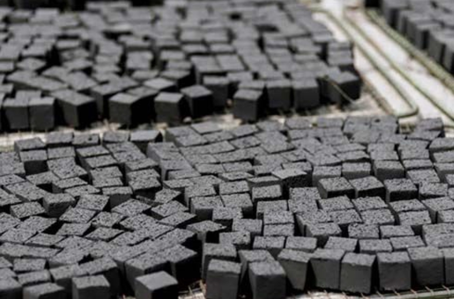 How to make bamboo charcoal briquettes