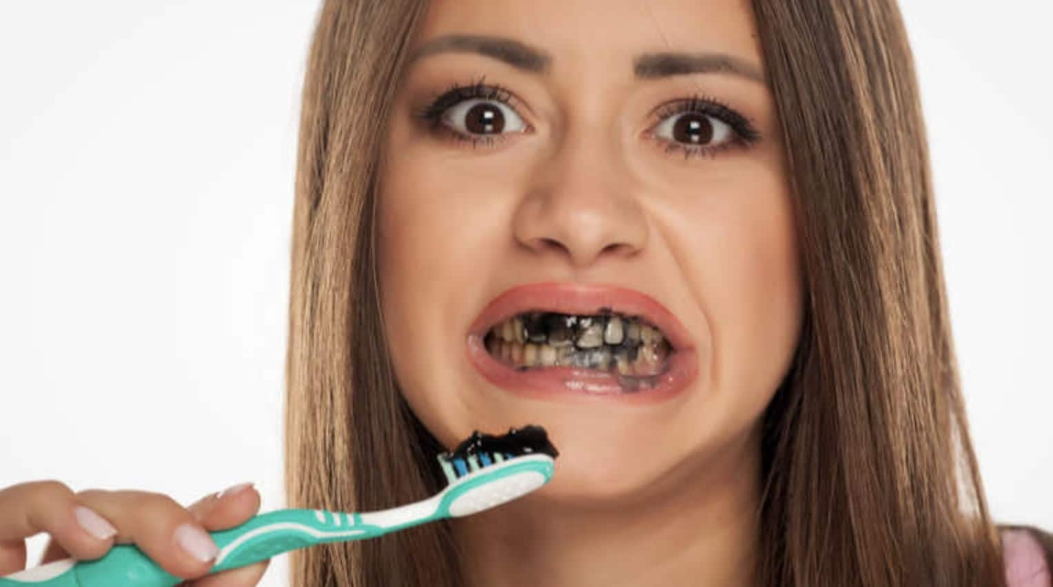 Risks of Charcoal-Based Toothpaste