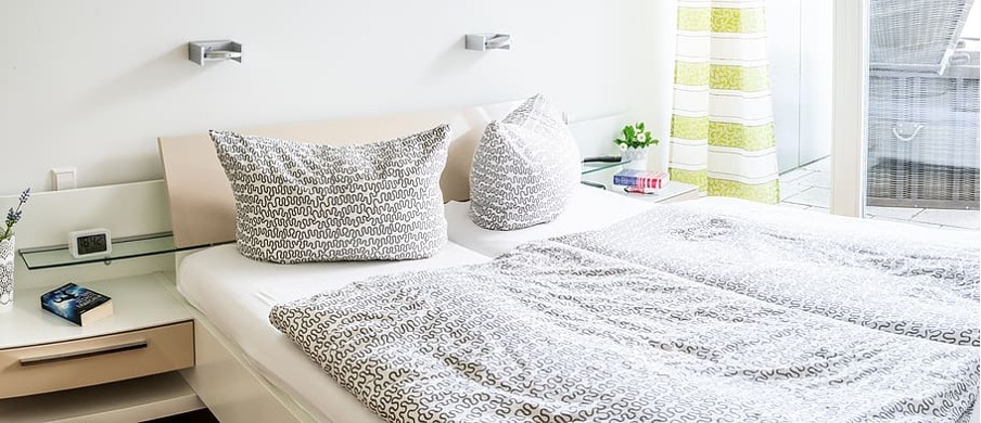 Patterned bamboo bed sheet