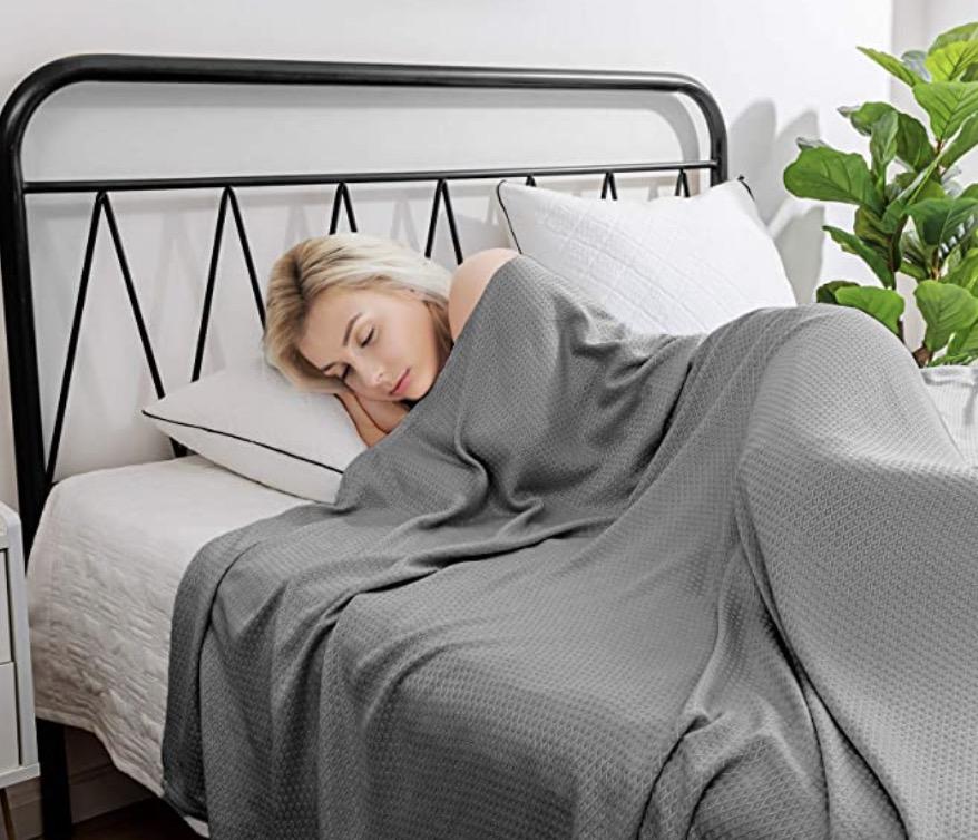 Hughapy Cooling Blanket